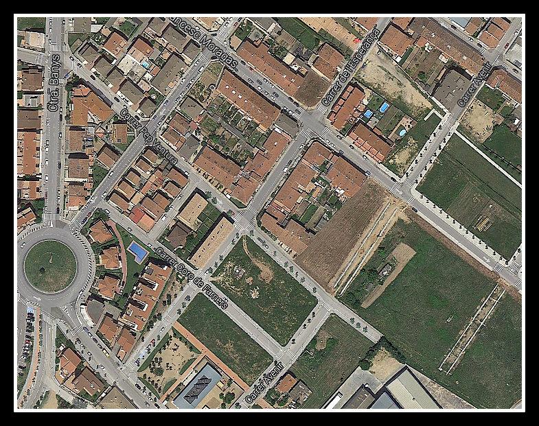 Vista aèria del carrer de l'esperança de Santa Coloma de Farners. Foto: Google Earth